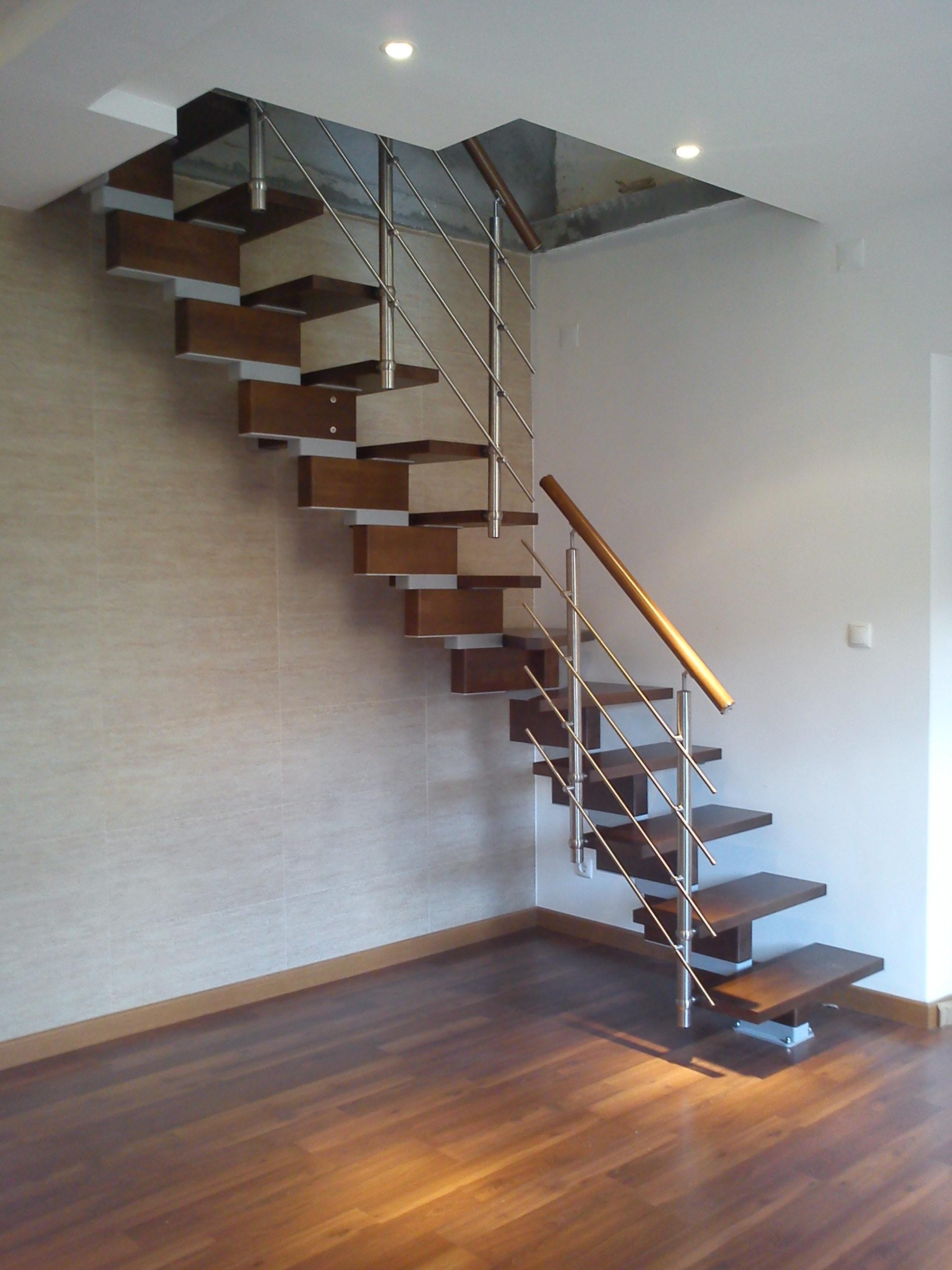 #956236 Krea Nox Sociescadas :: Escadas > Modulares > Linha Moderna 452 Janelas Deslizantes Redes